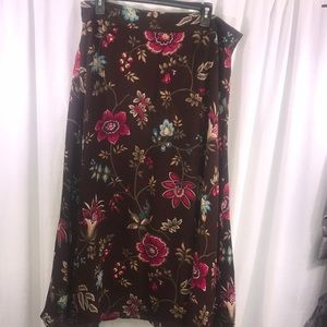 🍁FALL🍁 Liz Claiborne 🌺 Long Lined Skirt Size 14